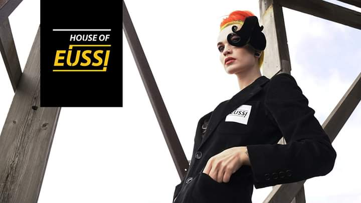 House of Eussi invite's// Closing